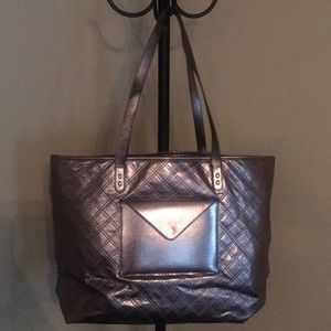 Metallic Gently used Silver Carry Big Purse